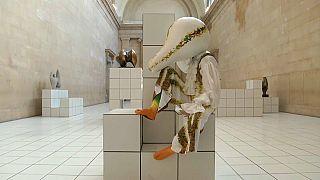 Ожившие скульптуры в музее