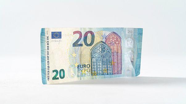 افت ۲۰ درصدی دستمزد کارگران در ۹ کشور اروپایی