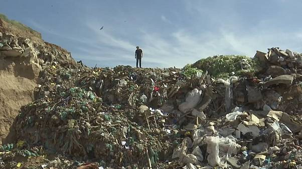 Rubbish idea: the new material that could make landfills obsolete
