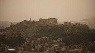 Gelber Saharastaub über Griechenland