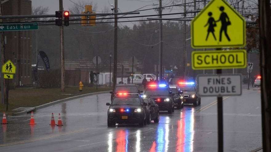 Maryland schoolgirl shot by her former boyfriend dies in hospital