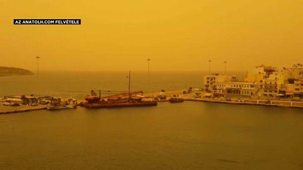 Megszínezte az eget Görögországban a szaharai por