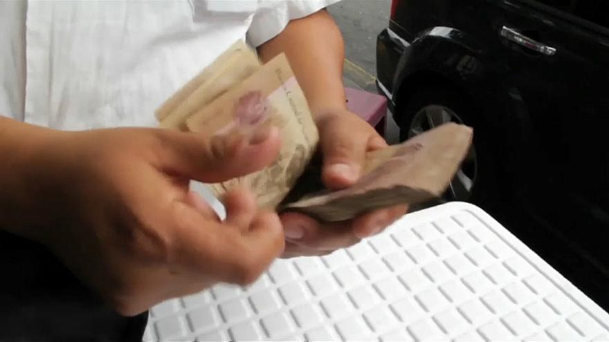 Three less zeros for Venezuelan bank notes