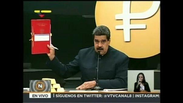Venezuela para birimi Bolivar'dan üç sıfır atıyor