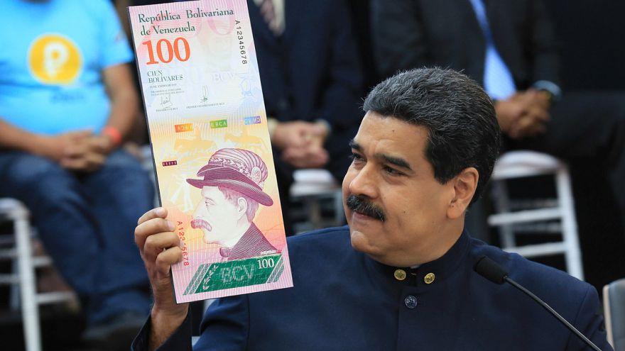 Három nullát törölnek a bolivarból