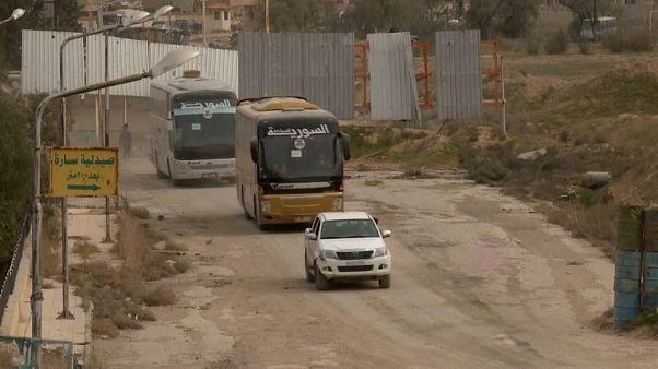 Ghouta orientale: ribelli pronti a lasciare Douma, ultimo bastione delle forze anti-Assad