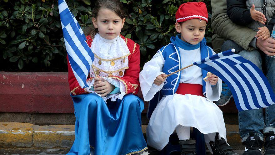 25η Μαρτίου: Στρατιωτική παρέλαση στην Αθήνα - Μήνυμα Τσίπρα από τα Ψαρά