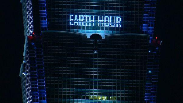 Earth Hour - die Wahrzeichen der Welt in Dunkelheit