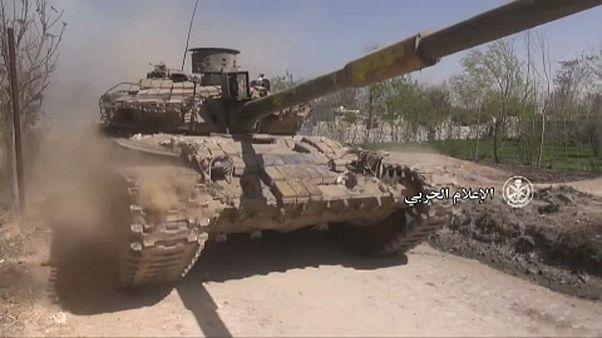 Menekülnek a felkelők Kelet-Gútából