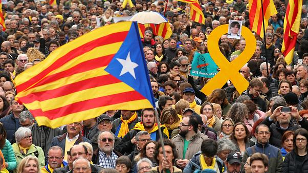 Manifestation à Barcelone pour soutenir Puigdemont