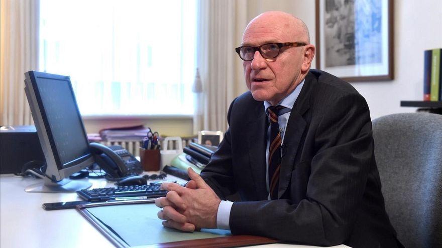 """Detenção de Puigdemont: Advogado diz que ele está """"muito calmo"""""""