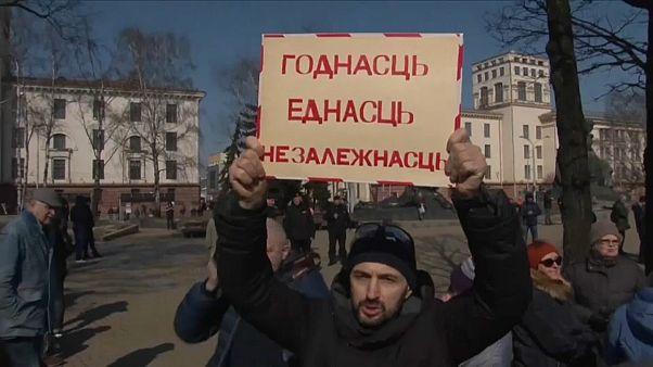 Minsk: arresti nel giorno della libertà