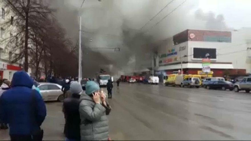 Rusya'da yangın dehşeti: 37 ölü