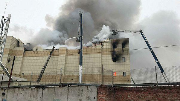 Rusya'da AVM yangınında ölü sayısı 64'e ulaştı