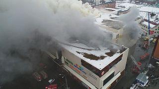 Σιβηρία: Αυξάνεται ο απολογισμός των νεκρών από τη μεγάλη πυρκαγιά σε εμπορικό κέντρο