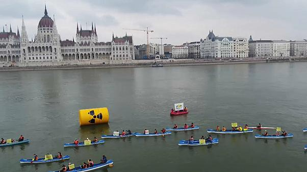 Greenpeace Hungary take protest to the river