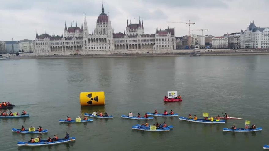 Greenpeace contra una polémica central nuclear en Hungría