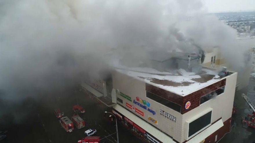 Russia: ancora in fiamme il centro commerciale di Kemerovo