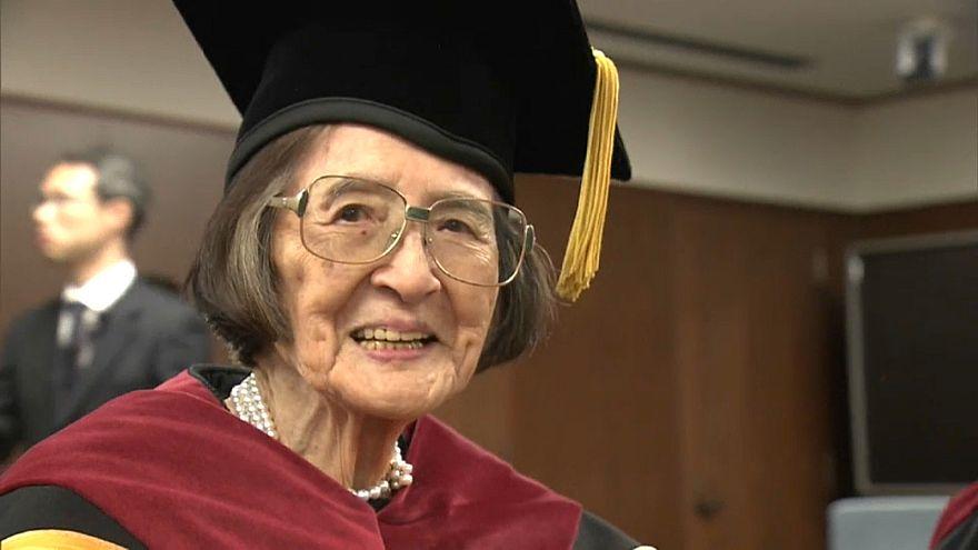 Une vétérane du doctorat au Japon