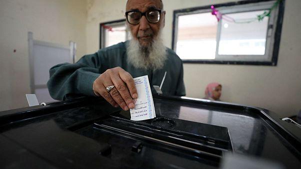 Mısır seçimlerinde oy verme işlemi başladı