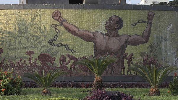 Filho de José Eduardo dos Santos constituído arguido