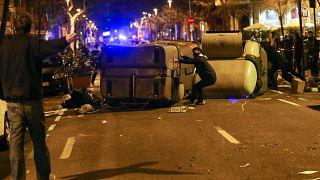 Συγκρούσεις ξέσπασαν στην Καταλονία μετά τη σύλληψη του Πουτζντεμόν