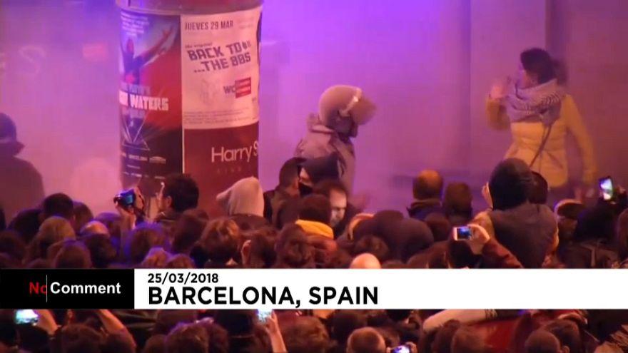Disturbios en Barcelona tras la detención de Puigdemont