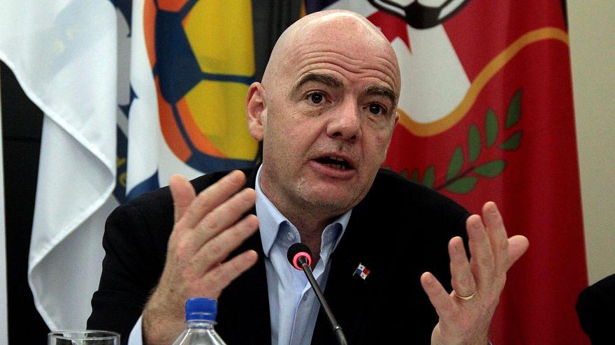 جياني إنفانتينو رئيس الفيفا خلال مؤتمر صحفي في بنما سيتي