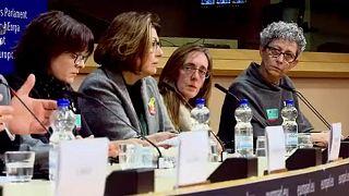 """""""El día a día es muy complicado"""", para las familias de los políticos catalanes detenidos"""