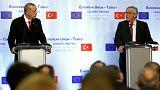 Juncker'den üyelik müzakerelerine devam sözü
