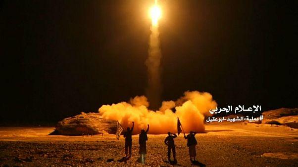 حوثیها ویدئوی بزرگترین حمله موشکی خود به عربستان را منتشر کردند