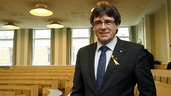 Almanya'dan Puigdemont'un tutukluluk süresine uzatma