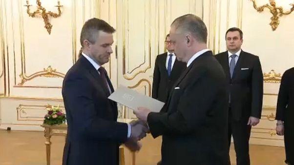 Bizalmat kapott az új szlovák kormány