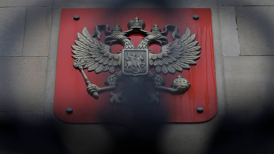 Mais de 100 diplomatas russos expulsos em todo o mundo