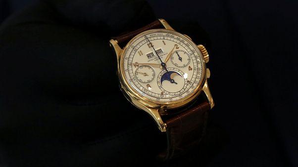 """بيع ساعة """"الملك فاروق"""" بسعر قياسي"""