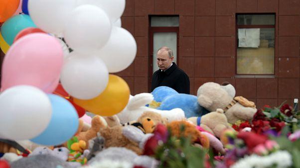 L'omaggio di Putin alle vittime di Kemerovo