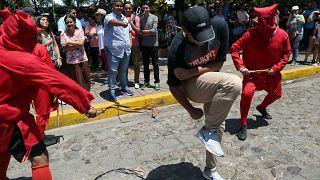 Au Salvador, on ne badine pas avec la religion
