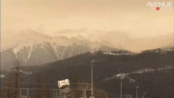 Оранжевый снег на лыжных курортах
