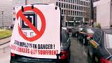 Protesting taxi drivers snarl up Brussels