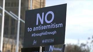 Protest as UK Labour leader under fire over anti-Semitism stance