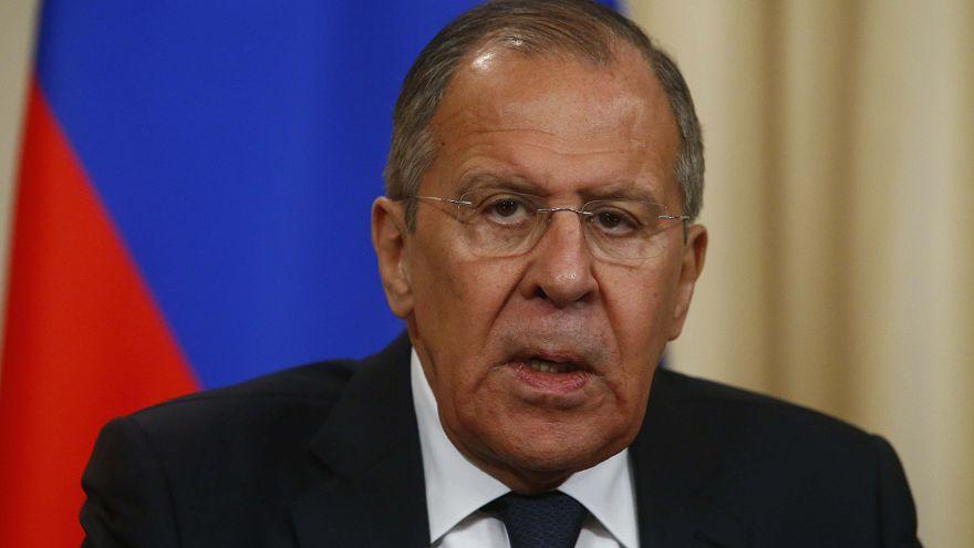"""Diplomates russes : Lavrov dénonce """"un chantage colossal"""""""