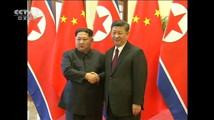 La prima volta di Kim Jong Un in Cina