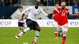 Football : des cris de singe lancés contre Dembélé et Pogba en Russie