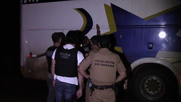 La caravane électorale de Lula attaquée