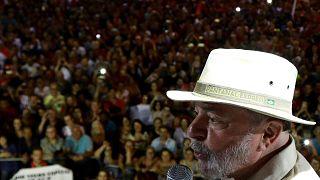 Πυροβολισμοί εναντίον λεωφορείων της καμπάνιας Λούλα