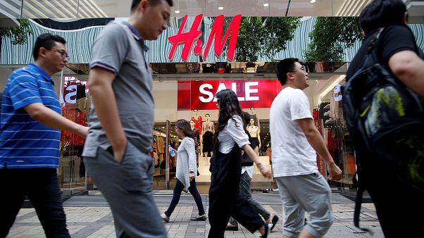 Las multimillonarias pilas de ropa sin vender de H&M