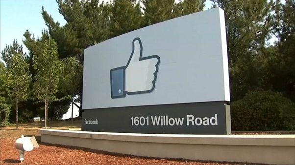"""Facebook annuncia: """"Nuovo menù preserva-privacy"""""""