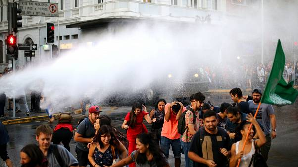 Чилийские студенты вышли на улицы
