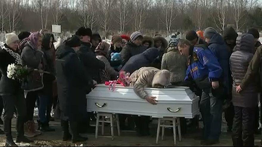 Kemerovói plázatűz: Gyász és búcsú