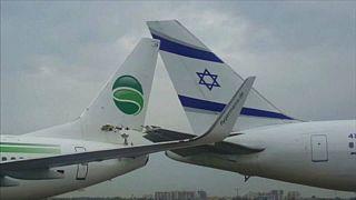 Alman ve İsrail uçakları birbirine girdi